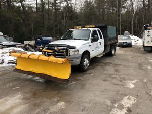 2005 Ford F-350 Dump truck for Sale in Weare, NH