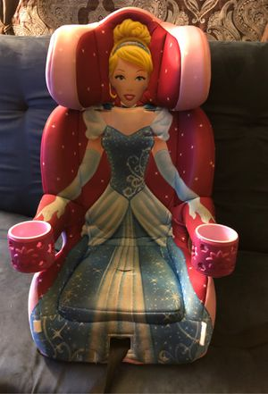 Car seat of princess for Sale in Sacramento, CA