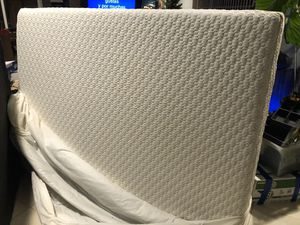 Full size mattress and box spring for Sale in Newport Beach, CA
