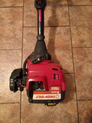 Troy bilt tb22 weed eater for Sale in Brookneal, VA
