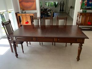 Wooden antique table for Sale in North Miami Beach, FL