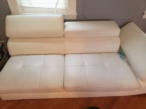 White Sectional leather couch for Sale in Newark, NJ