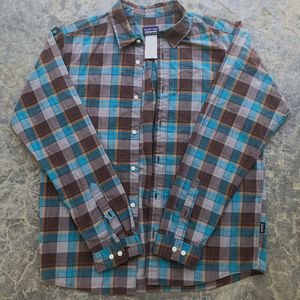 Patagonia Organic Cotton Long Sleeve Button-Up Shirt for Sale in Elk Grove, CA