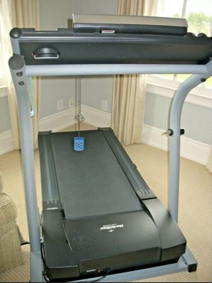 Nordictrack exp 1000 treadmill for Sale in Hauppauge, NY