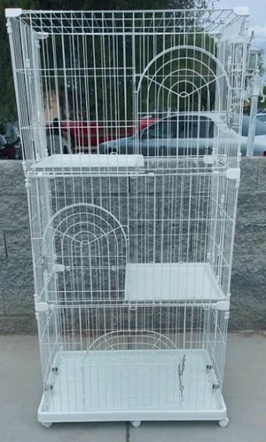 Cat or Bird Cage Three Levels Like New for Sale in Phoenix, AZ