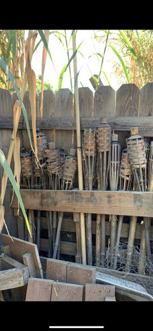 Free pallets, garden pots, tiki torches and more for Sale in Ontario, CA