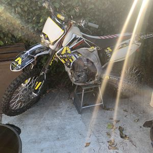 2003 CRF-450R Honda dirt bike *GREEN STICKER* for Sale in Los Angeles, CA