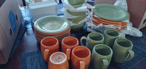 28 pieces tabletop Unlimited (ESPAÑA) for Sale in Atwater, CA