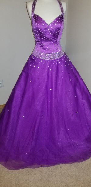 Formal dress new condition with tags for Sale in Yakima, WA