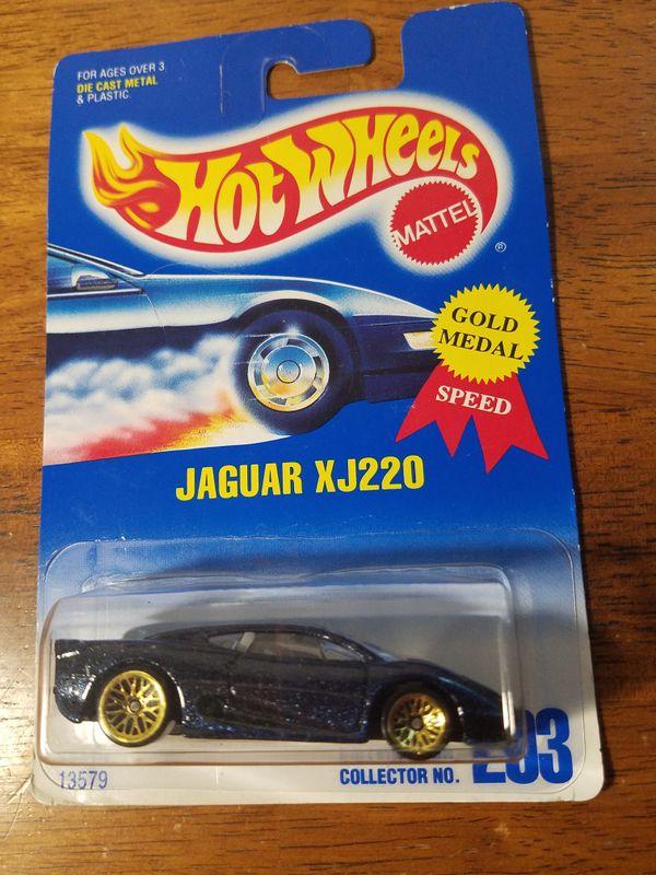 Hot Wheels Jaguar XJ220 Collector #203