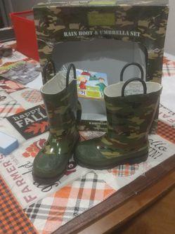 New Kids Rain Boots Size 7/8 for Sale in SeaTac,  WA