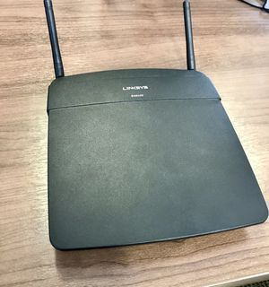 LinkSys EA6100 Wireless Router for Sale in Portland, OR