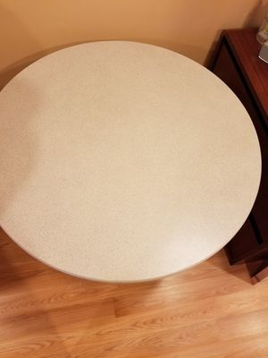 Kitchen round table for Sale in Chantilly, VA