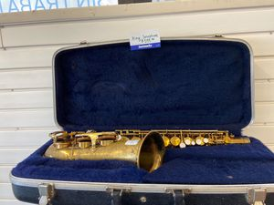 King saxophone for Sale in Chicago, IL