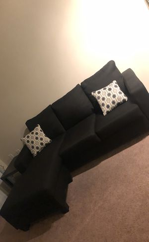 Black sectional couch with pillows for Sale in Silver Spring, MD