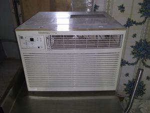 Frigidaire 25,000 BTU Air Conditioner 240V for Sale in Colesville, MD