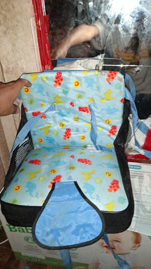 On the go booster seat for Sale in Houston, TX