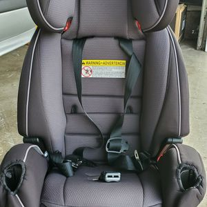 4 In 1 Like new Car Seat for Sale in Beaverton, OR