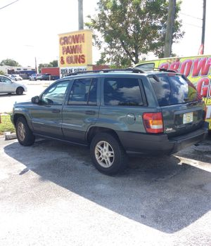 2003 Jeep Grand Cherokee Laredo dark green automatic needs fuel rail or for parts::::CHEAP! With title for Sale in Lake Worth, FL