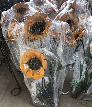 Beautiful 6 Sunflowers metal art $29 ea. for Sale in Austin, TX