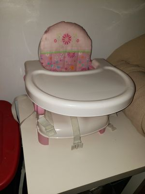 Pink high chair for Sale in Brooklyn, NY