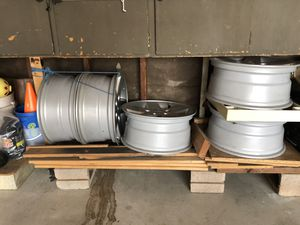 OEM Jeep wheels only for Sale in Buena Park, CA