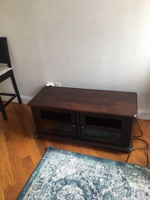 TV stand/console for Sale in Brooklyn, NY