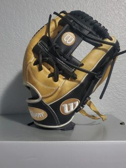 Wilson A2000 for Sale in Dallas,  TX