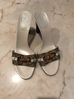 Authentic Gucci Leather/Cloth Heels for Sale in Austin, TX