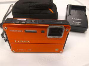 Panasonic Lumix DMC-TS2 14 mega pixel Digital Camera Waterproof to 33' for Sale in Portland, OR