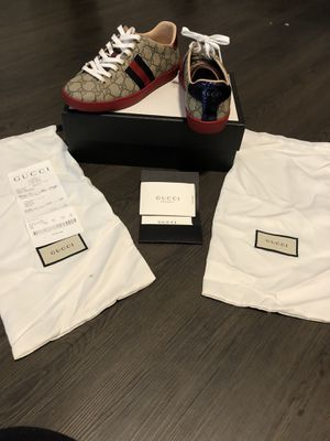 Authentic Gucci sneakers for Sale in Smyrna, GA