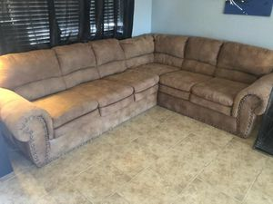 L SHAPED COUCH AND RECLINER for Sale in Phoenix, AZ