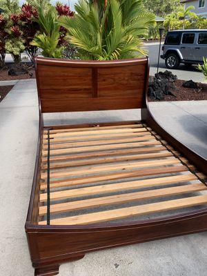 Queen bed frame & mattress for Sale in Holualoa, HI