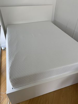 Tuft and Needle Mattress FULL SIZE for Sale in New York, NY
