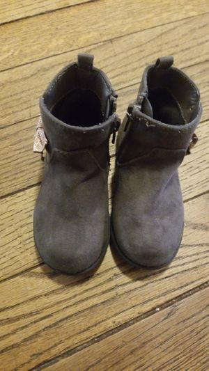 Toddler girl boots for Sale in Sanger, CA