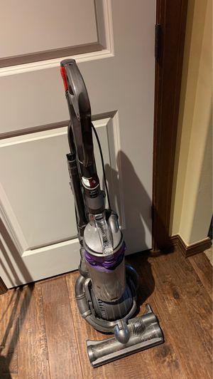 Dyson DC25 Animal Vacuum for Sale in Bonney Lake, WA