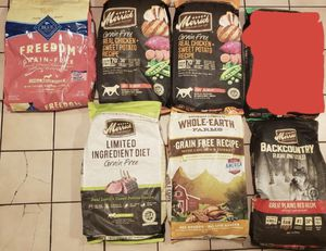 Dog food Medium size bags for Sale in Huntington Park, CA