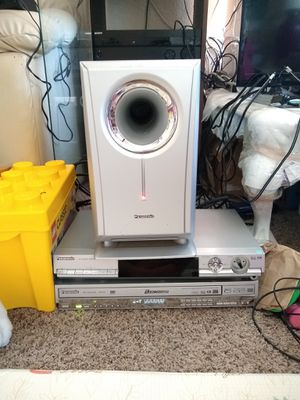 Panasonic Home Theater System Dolby Stereo with Subwoofer and 5 DISC CD DVD Changer DVD Player for Sale in Diamond Bar, CA