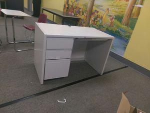 Desk for Sale in Philadelphia, PA