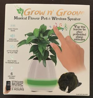Grow n Groove musical flower pot & wireless speaker for Sale in Victorville, CA