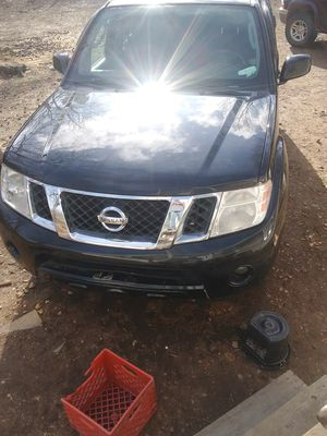 In Excellent Condition. 2012 Nissan Pathfinder Seats 7 people. for Sale in Salina, OK