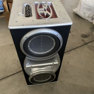Boom Box For The Car for Sale in Los Angeles, CA