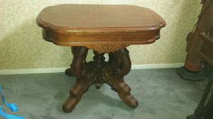 Victorian entryway or side display table. for Sale in Poway, CA
