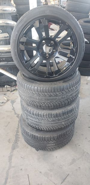 Black rims 18 with tires for Sale in Las Vegas, NV