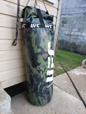 UFC PUNCHING BAG!!!!**NEW!!!!*( for Sale in Bridge City, TX