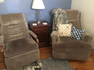 Recliner chairs matching. for Sale in Arvada, CO
