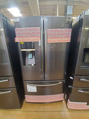 Samsung French Door Refrigerator for Sale in Covina, CA