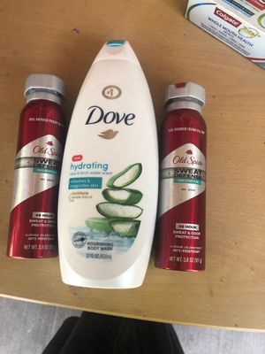 Dove Body wash y old spice deodorant for Sale in Santa Ana, CA