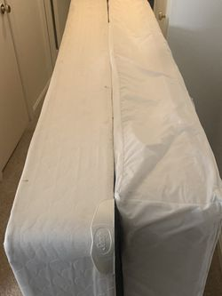 Twin Bed With Box Spring for Sale in Greenbelt,  MD