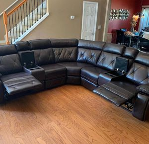 McKenzie X Brown Reclining Sectional for Sale in Pflugerville, TX
